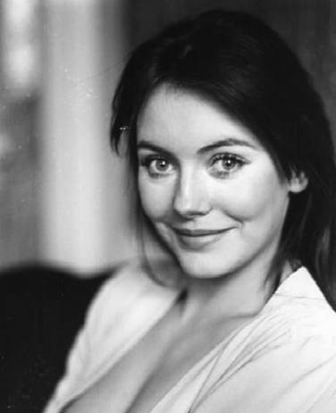 Don Davis Ford >> Lesley-Anne DOWN